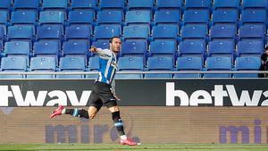 Raúl de Tomás anotó el tanto de la victoria ante el Sabadell