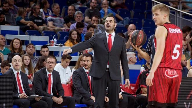 Agustí Julbe en su breve experiencia como entrenador del Fuenlabrada