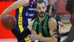 Pau Ribas regresa tras un mes de baja