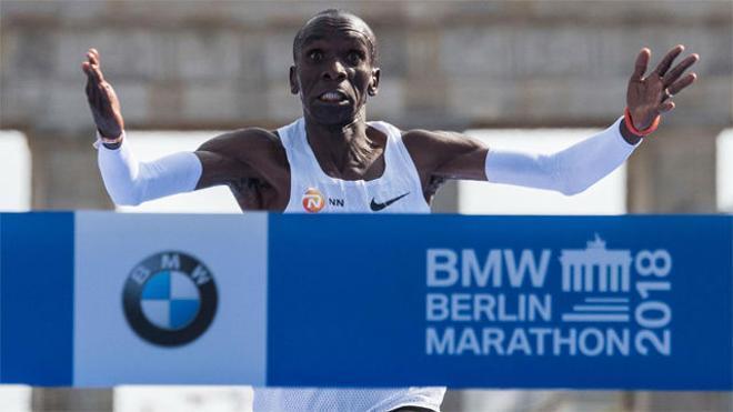 Kipchoge rompe el récord mundial en la maratón de Berlín