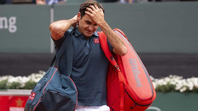 Federer abandona Roland Garros