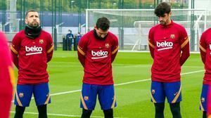El Barça dedicó un minuto de silencio por Maradona