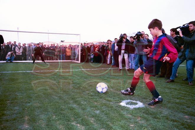 4.Jordi Alba 2000-01