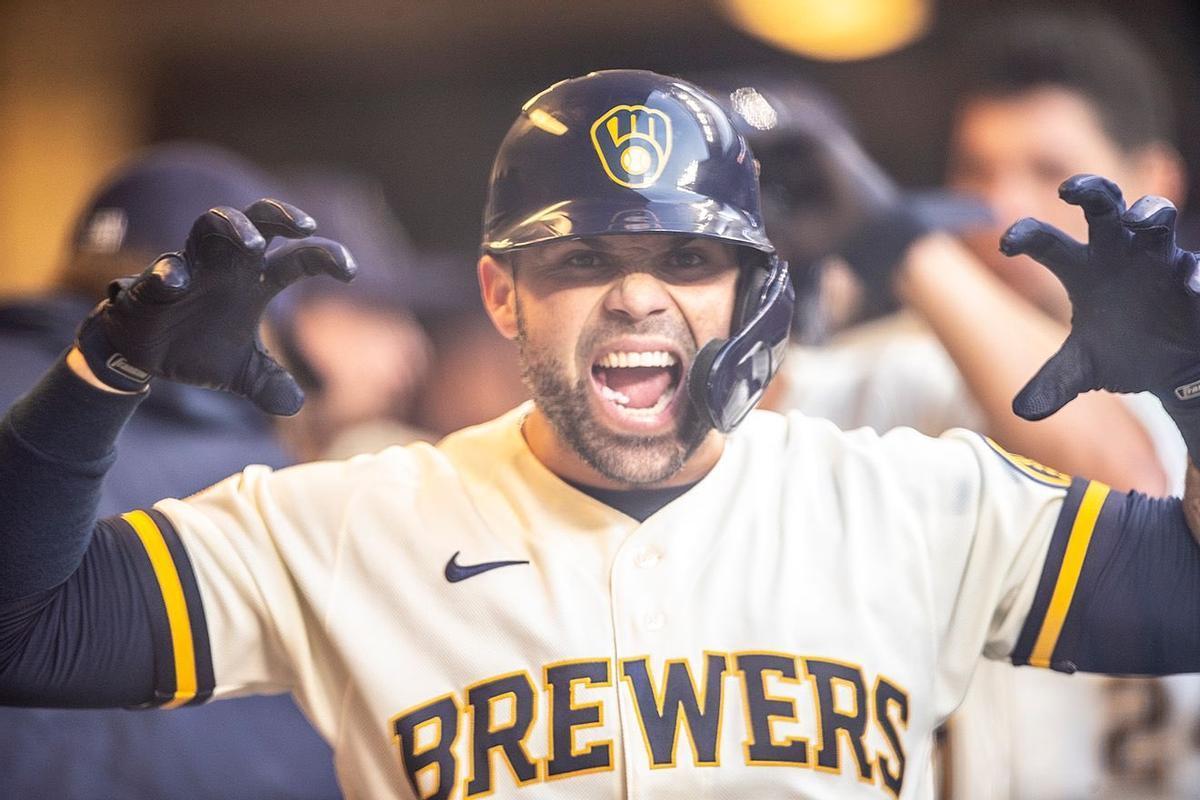 Manny Pina, de los Milwaukee Brewers.