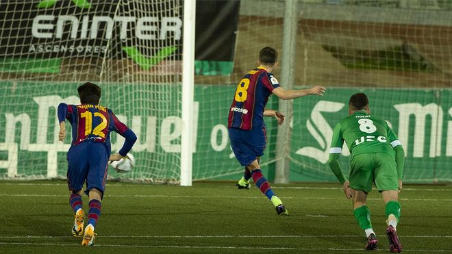 Pjanic falló el primer penalti en Cornellà