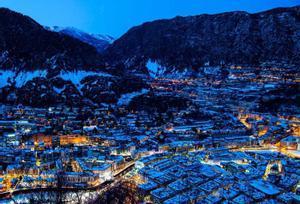 ¿Por qué los youtubers se marchan a Andorra?