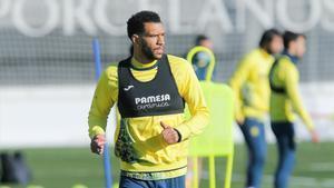 Étienne Capoué durante una sesión de entrenamiento del Villarreal.