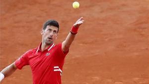 La lluvia interrumpe el Djokovic-Tsitsipas en Roma