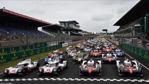 Los 60 coches participantes en la 85ª edición de las 24 Horas de Le Mans