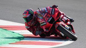 Pecco Bagnaia vuela y se lleva la pole de MotoGP del GP de San Marino