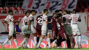 River Plate y Sao Paulo igualaron en un intenso y muy peleado partido