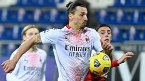 Ibra, en su partido ante el Cagliari