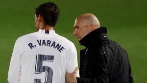 Varane regresa al equipo tras superar el coronavirus