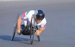 Zanardi, con la handbike en la crono de Río