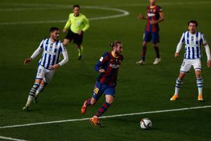 Óscar Mingueza durante la primera semifinal de la Supercopa de España de fútbol que se disputa en el Nuevo Arcángel, en Córdoba