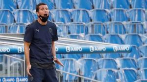 Javi Gracia podría dimitir como técnico del Valencia