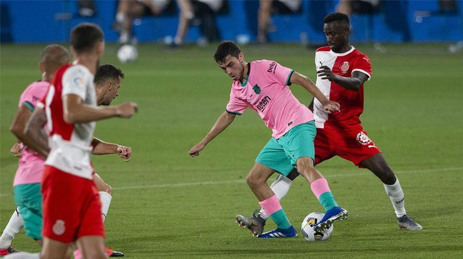 Solo el portero evitó los goles de Pedri ante el Girona