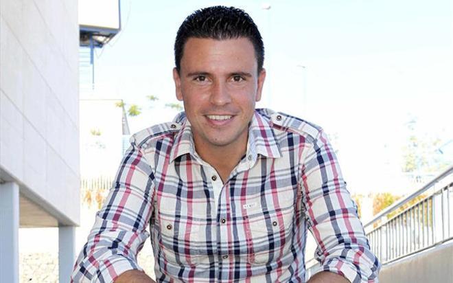 Sergio Lobera está cuajando un gran trabajo en el Atlético Tetuán