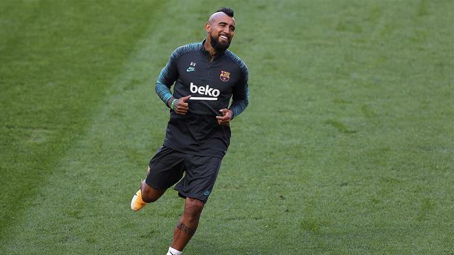 Arturo Vidal critica el modelo de juego del Barça