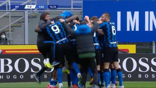 Conte celebrando la victoria