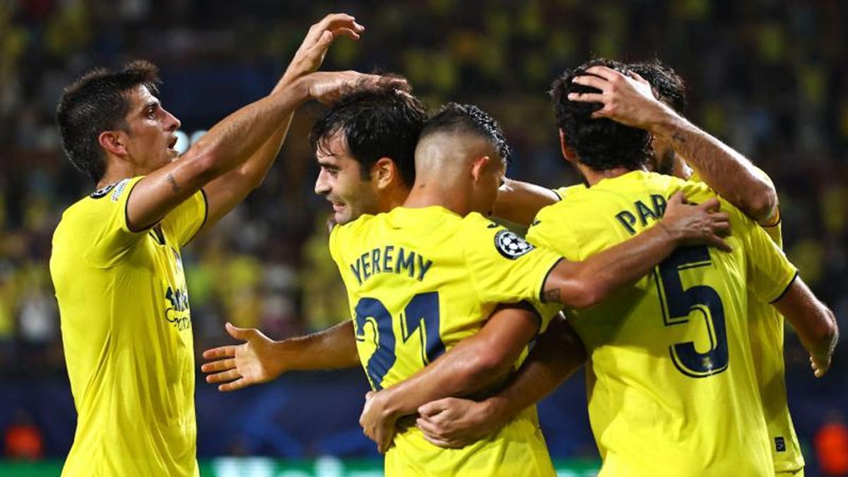 Trigueros celebra su gol ante la Atalanta en Champions