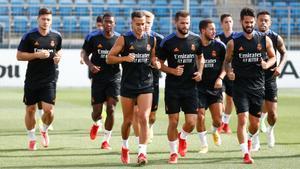 Casemiro, Vinicius y Militao se incorporan a los entrenamientos