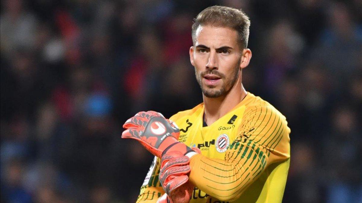 Barça y Sevilla se han fijado en Benjamin Lecomte, arquero del Montpellier