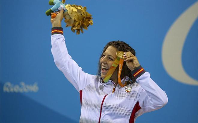 Marquès posa con el oro en Río