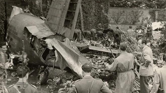 El avión que transportaba a la expedición del Torino desde Lisboa se estrelló a punto de llegar a destino