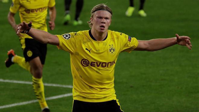 Haaland liderará el ataque del Dortmund ante el Sevilla
