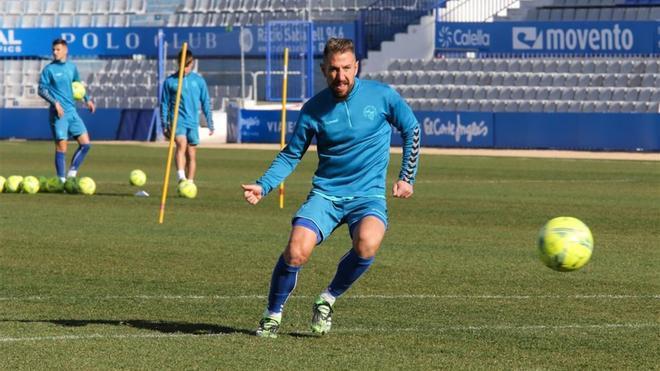 Ángel Martínez, durante un entrenamiento con el Sabadell.