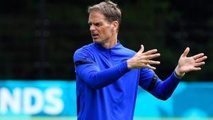 De Boer, sobre el fichaje de Depay por el Barça: Es un alivio