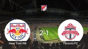 El New York RB gana por 2-1 al Toronto FC