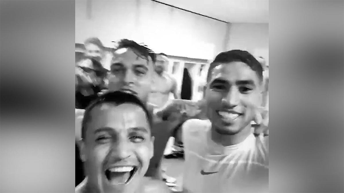 ¡Lautaro Martínez, Alexis Sánchez y Achraf celebran el Scudetto!