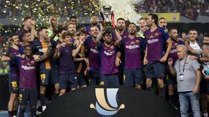 La última Supercopa conquistada por el Barça llegó en Tánger (2-1 al Sevilla)