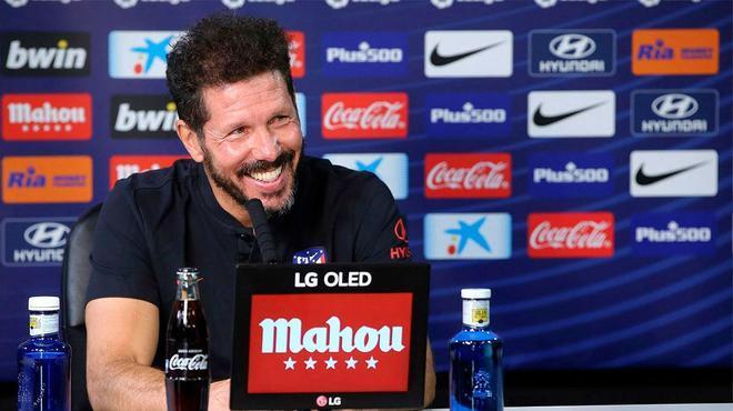Simeone, sobre Llorente: En su vida imaginó jugar de delantero