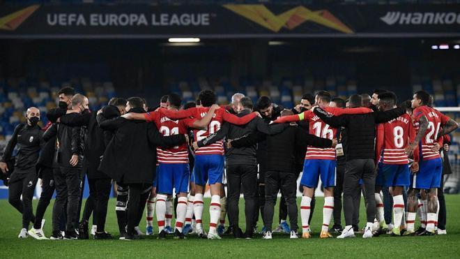 La derrota nunca supo mejor: Así fue el histórico pase del Granada a octavos de Europa League
