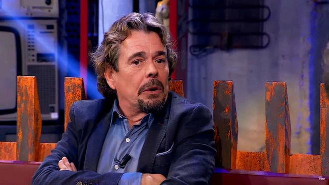 Juan Muñoz, de Cruz y Raya, carga contra Pedro Sánchez: ¡Inútil!