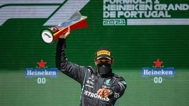 Hamilton volvió a ganar en Portugal