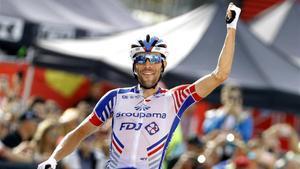 Pinot celebra una victoria de etapa en Il Lombardia