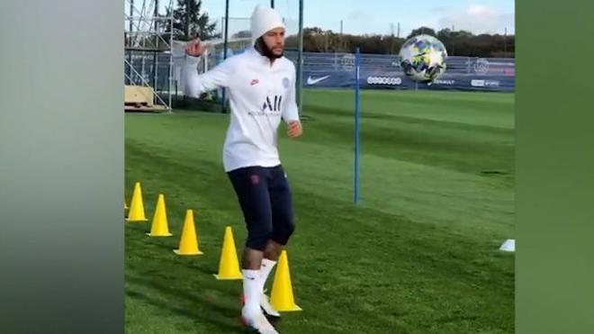 Neymar se ha ejercitado en solitario