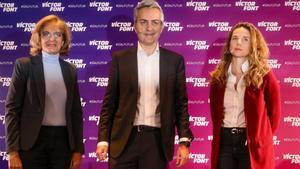 Joana Barbany y Maria Teresa Andreu junto a Víctor Font