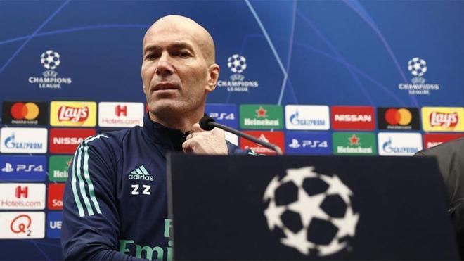 Zinedine Zidane, durante su rueda de prensa