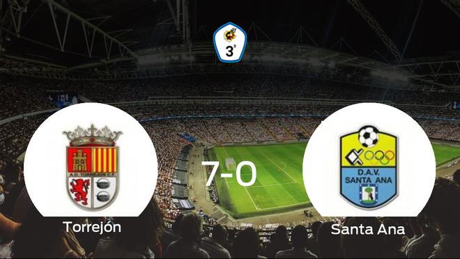 El Torrejón CF se lleva la victoria tras golear 7-0 al Santa Ana