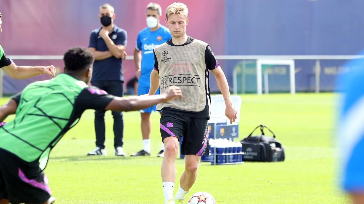 Frenkie de Jong, en el entrenamiento previo al partido de Champions