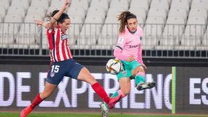Alexia Putellas marcó un fantástico gol de falta