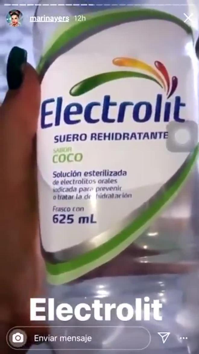 Marina Years se vuelve tendencia después de este vídeo sobre las botellas de agua