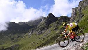 Pogacar, durante la segunda etapa en los Pirineos