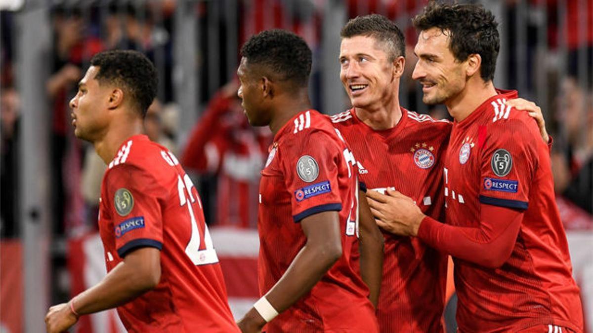 Lewandowski hace un doblete y guía al Bayern ante el AEK