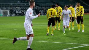 El Mgladbach le endosó hasta cuatro tantos al Dortmund